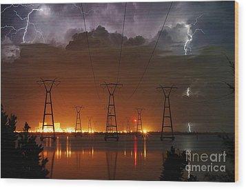 Florida Power And Lightning Wood Print by Lynda Dawson-Youngclaus