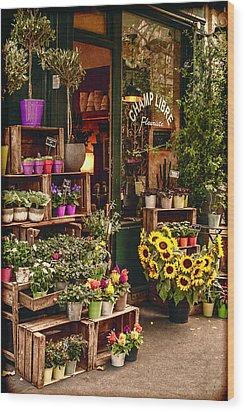 Florist - Champ Libre Wood Print