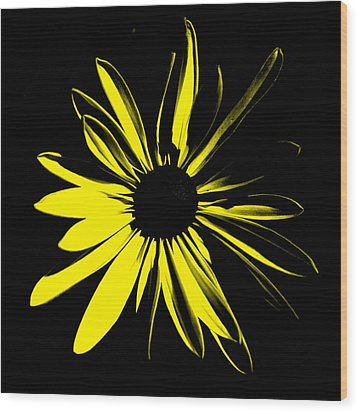 Wood Print featuring the digital art Flower 8 by Maggy Marsh