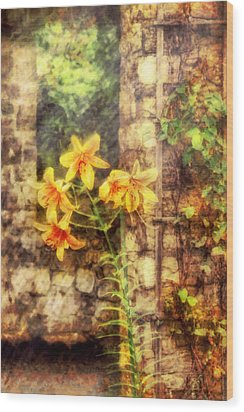 Flower - Lily - Yellow Lily  Wood Print by Mike Savad
