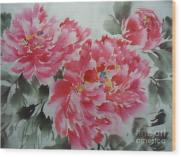 Wood Print featuring the painting Flower51012-4 by Dongling Sun
