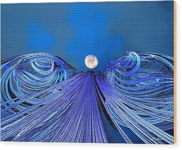 Fly Me To The Moon Wood Print by Michael Durst