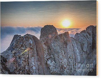 Wood Print featuring the photograph Fog At Garvin Heights by Kari Yearous