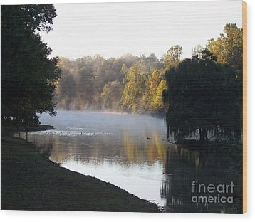 Foggy Morning On Lake Lanier Wood Print