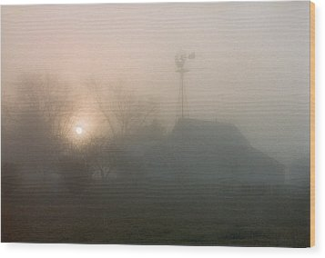 Foggy Sunrise Over Barn Wood Print by Peg Toliver