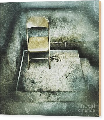 Folding Chair On Stoop Wood Print by Amy Cicconi