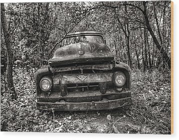Forgotten Truck Wood Print by Michaela Preston