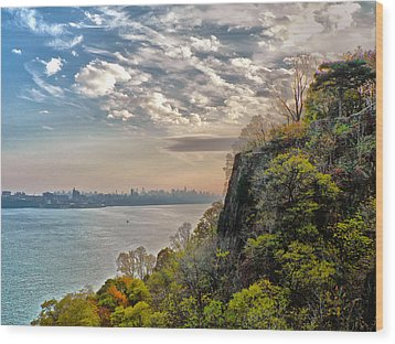 Fort Lee View Wood Print by Artistic Photos
