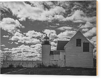 Fort Point Lighthouse Wood Print by Robert Clifford