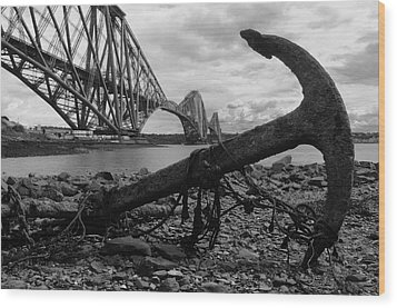 Forth Bridge Anchor Wood Print