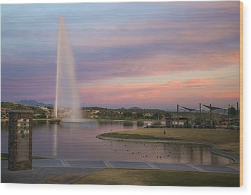 Fountain At Fountain Hills Arizona Wood Print