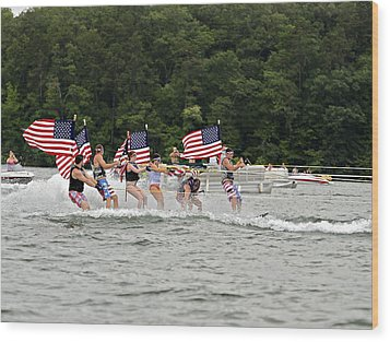 Fourth Of July On The Lake Wood Print by Susan Leggett