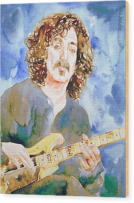 Frank Zappa Playing The Guitar Watercolor Portrait Wood Print by Fabrizio Cassetta