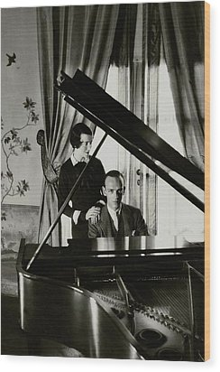 Fred And Adele Astaire At A Piano Wood Print