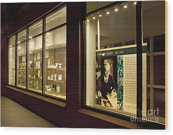 Frederick Carter Storefront 1 Wood Print by Tom Doud