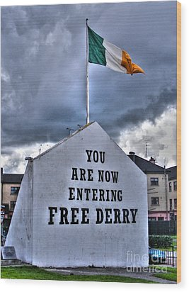 Free Derry Wall Wood Print