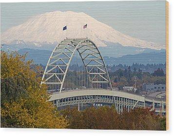 Fremont Bridge And Mount Saint Helens Wood Print