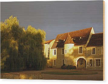 French House At Sunset Wood Print