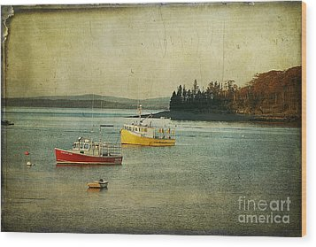 Frenchmen's Bay Fishing Boats Wood Print