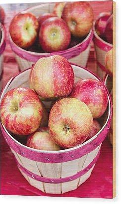 Fresh Apples In Buschel Baskets At Farmers Market Wood Print by Teri Virbickis