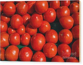 Fresh Ripe Red Tomatoes Wood Print by Edward Fielding