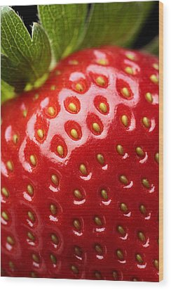 Fresh Strawberry Close-up Wood Print by Johan Swanepoel