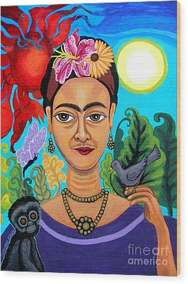 Frida Kahlo With Monkey And Bird Wood Print
