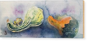 Froggy And Gourds Wood Print by Yoshiko Mishina