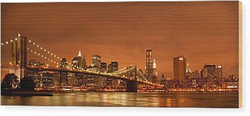 From Brooklyn To Manhattan Wood Print by Andreas Freund