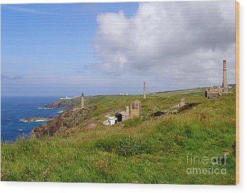 From Levant To Pendeen Cornwall Wood Print by Terri Waters