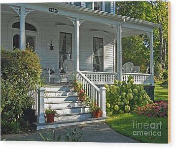 Front Porch In Summer Wood Print by Desiree Paquette