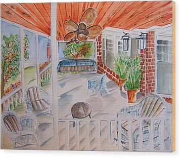 Front Porch Sitting Wood Print by Elaine Duras