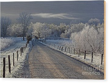 Frosty Sparks Lane Wood Print by Douglas Stucky