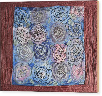 Frozen Roses Wood Print by Nora Padar