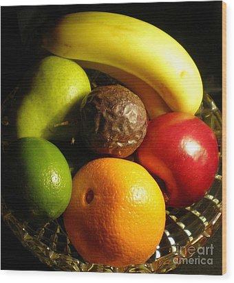 Fruit Bowl Wood Print by Linda Provan