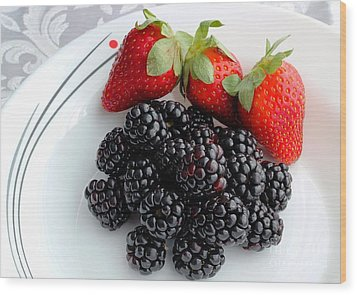 Fruit Iv - Strawberries - Blackberries Wood Print by Barbara Griffin