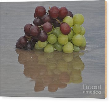 Fruitscapes Grapes Wood Print