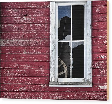 Ft Collins Barn Window 13568 Wood Print by Jerry Sodorff
