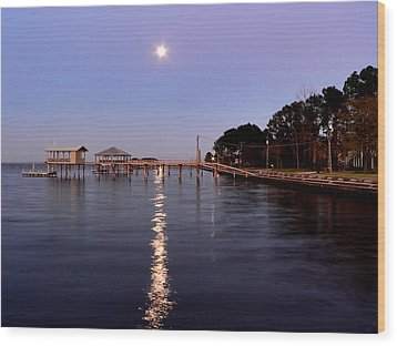Full Moon On The Bay Wood Print