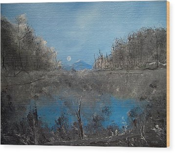 Full Moon Over Volcan Wood Print by Louis Crosby