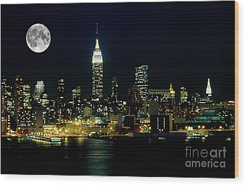 Full Moon Rising - New York City Wood Print by Anthony Sacco