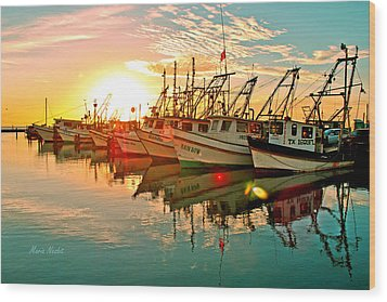 Fulton Harbor Wood Print