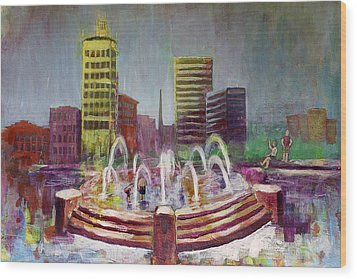Fun In The Fountain In Asheville Wood Print