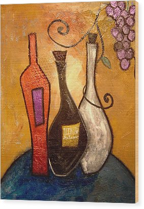 funky Vino 10 Wood Print by Gino Savarino