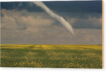 Funnel Clouds Wood Print by Larry Trupp