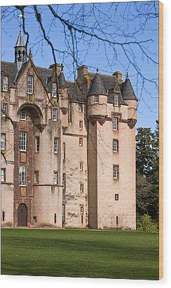 Wood Print featuring the photograph Fyvie Castle In Scotland by Liz  Alderdice