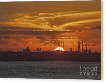 Wood Print featuring the photograph Galveston At Sunset by Shirley Mangini