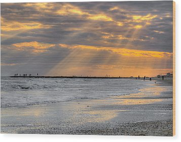 Galveston Rays Of Sunshine Wood Print by Ray Devlin
