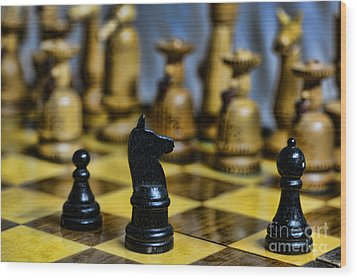Game Of Chess Wood Print by Paul Ward