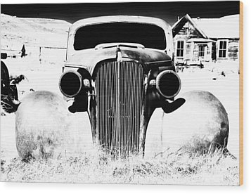 Gangster Car Wood Print by Cat Connor